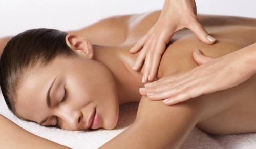 массаж по телу